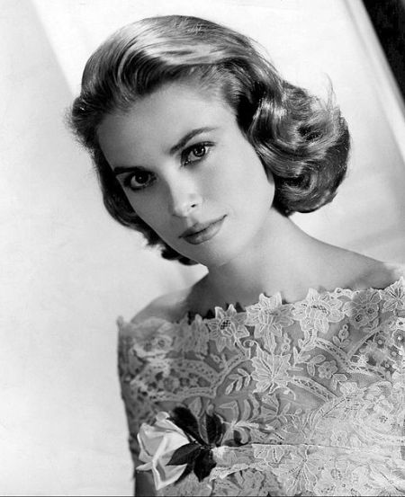 Grace_Kelly_MGM_photo (1)